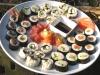 Catering / Workshop: schaal met diverse soorten sushi en sashimi